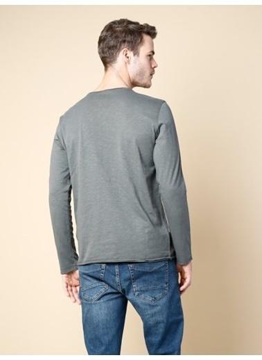 Colin's Uzun Kollu T-Shirt Haki